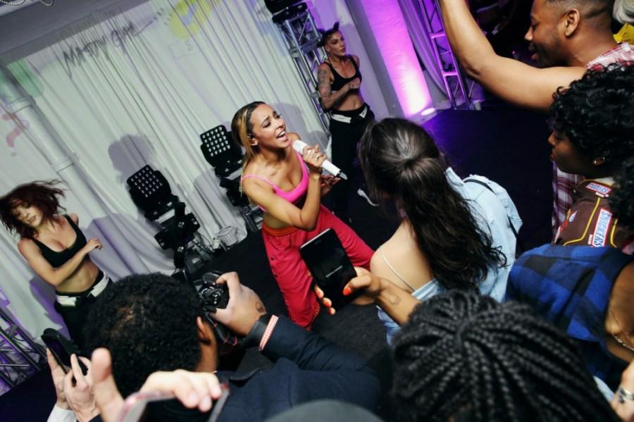 13a7630 Tinashe Nasty Gal