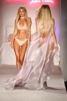MIAMI BEACH, FL - JULY 22: A model walks the runway during the SWIMMIAMI Frankie's Bikinis 2018 Collection fashion show at the SWIMMIAMI tent on July 22, 2017 in Miami Beach, Florida. (Photo by Alexander Tamargo/Getty Images for SWIMMIAMI)